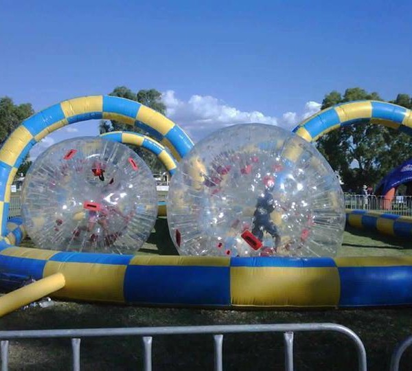 Zorb Balls with Inflatable Track 600x540